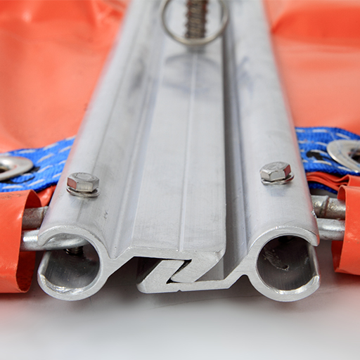 close up of fence boom ASTM Ff962 z-connector