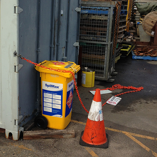 SpilMax 140L fuel and oil spill kit on worksite by container