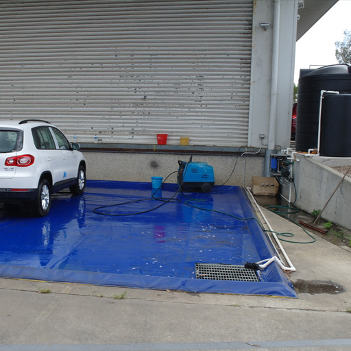 Akuna custom wash mat with diversion for waste water