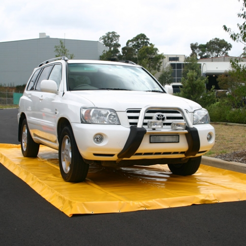 Akuna yellow vehicle wash mat with car (non standard design)